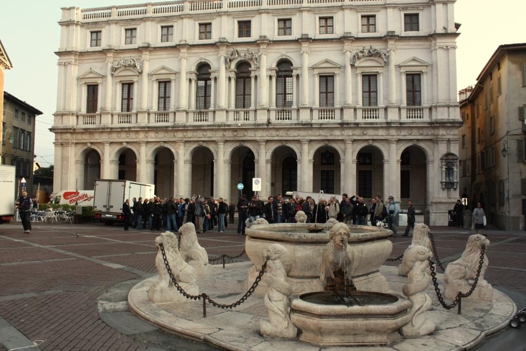 Bergamo, Piazza Vecchia - Palazzo Nuovo