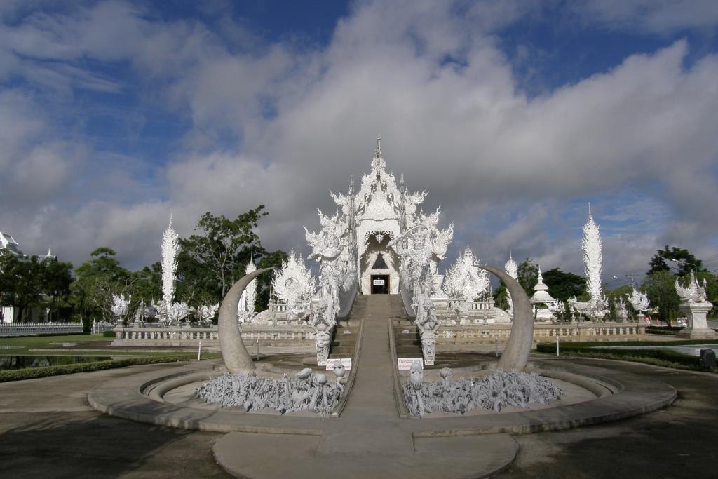Tajlandia Wat Rong Khun foto 04