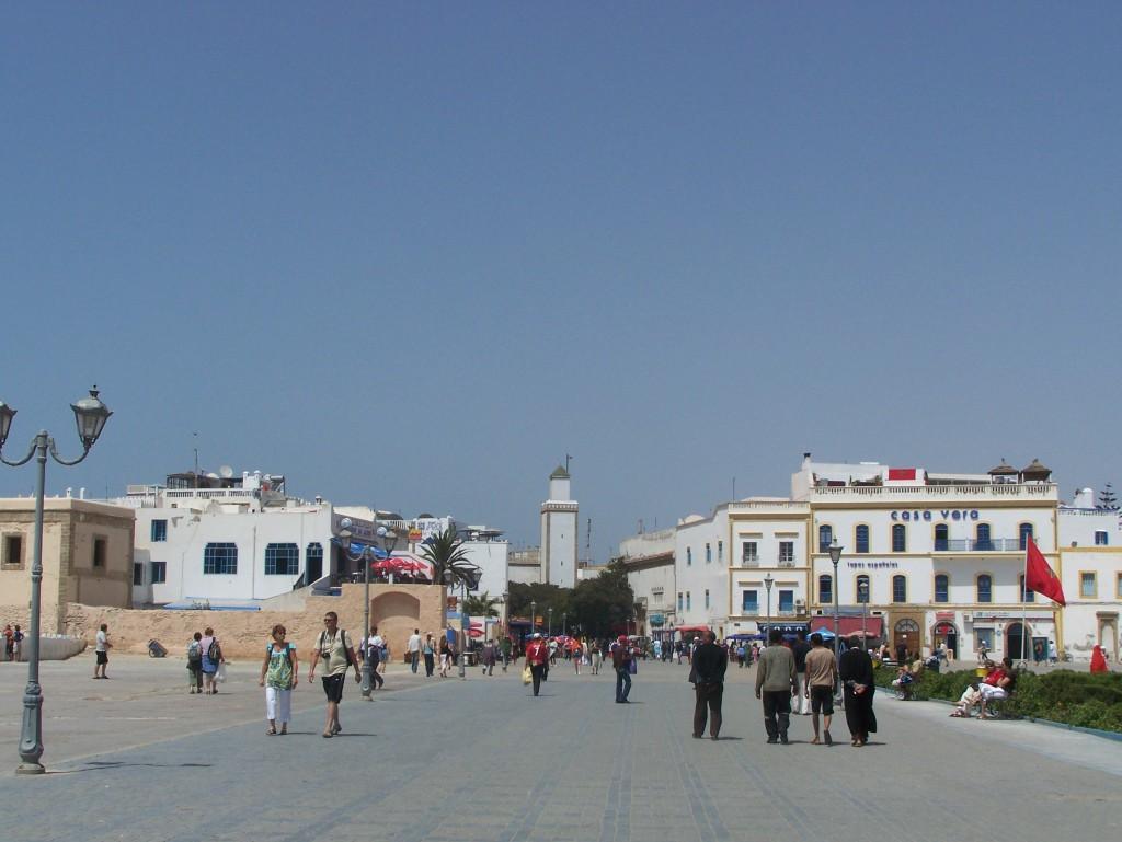 Essaouira. Promenada prowadząca na Medynę