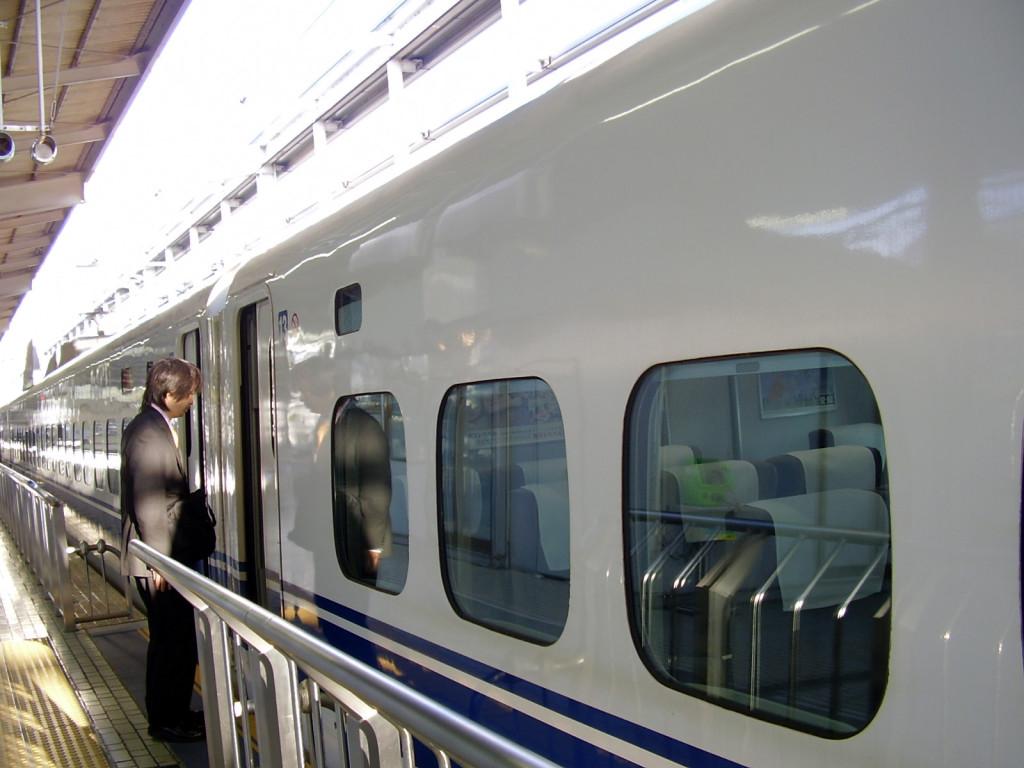 Shinkansen - wejście do wagonu
