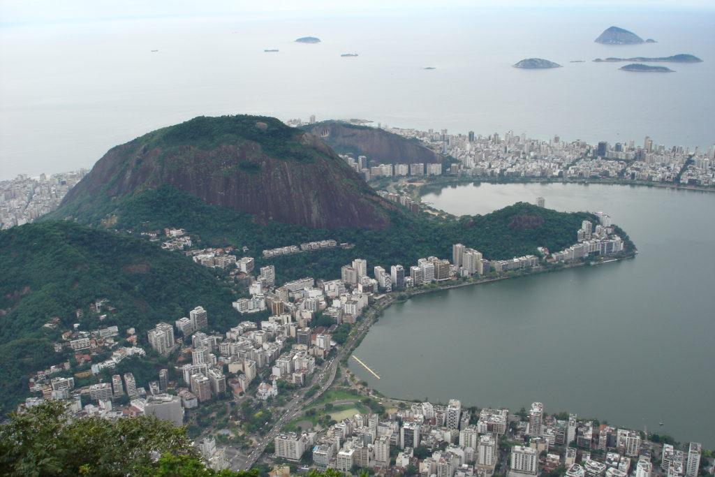 Widok na Atlantyk ze wzgórza Corcovado