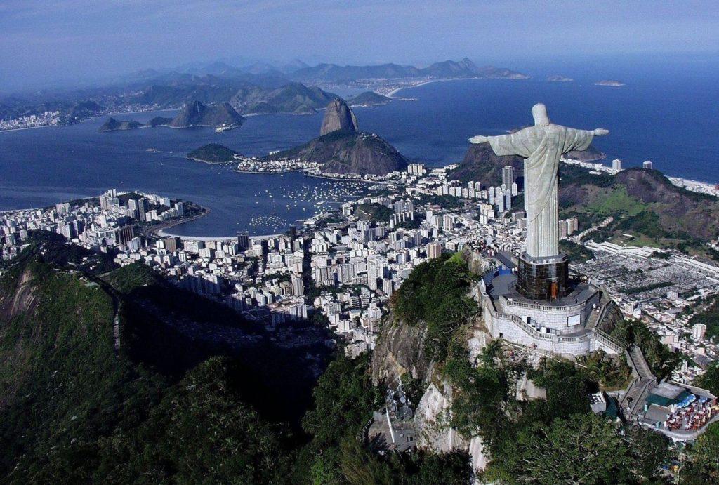 Statua Chrystusa Zbawiciela na wzgórzu Corcovado