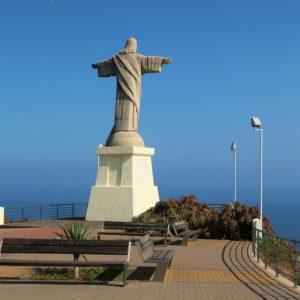 Madera. Posąg Chrystusa wita przybywających żeglarzy