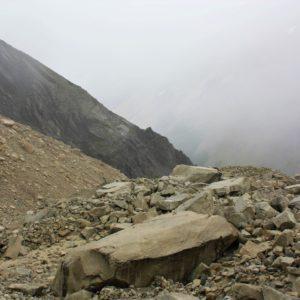 Szlak prowadzący do masywu Torres del Paine