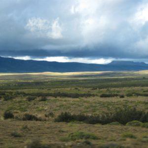 W drodze do Torres del Paine. Gra świateł i cieni w andyjskich górach