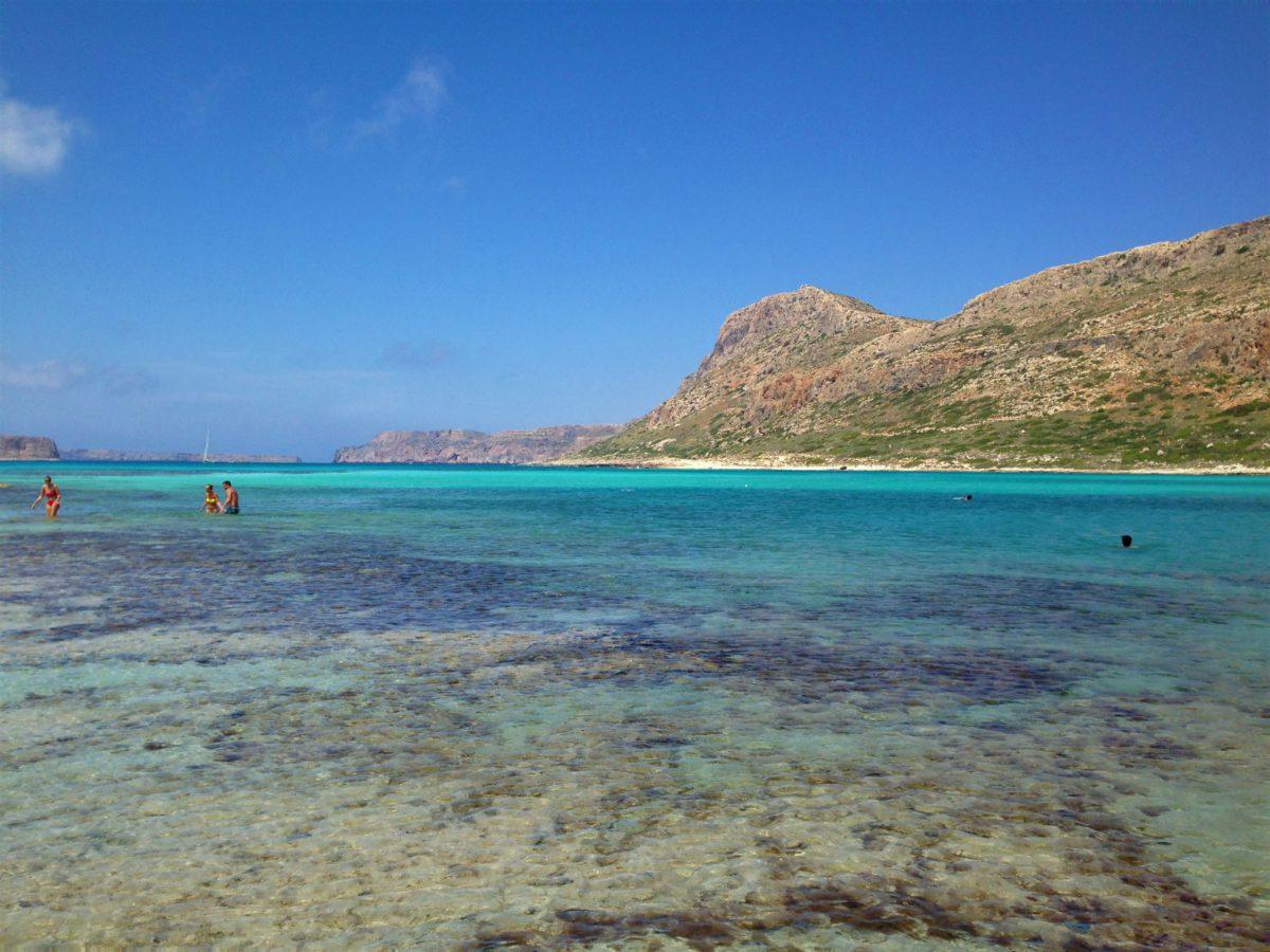 Błękitna laguna Balos i krystaliczne wody