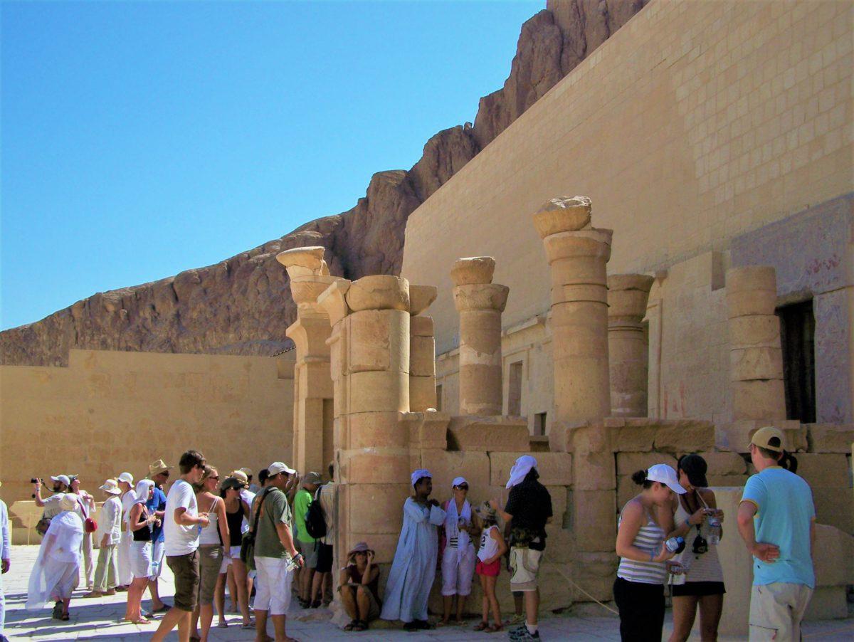Górny taras w Świątyni królowej Hatszepsut