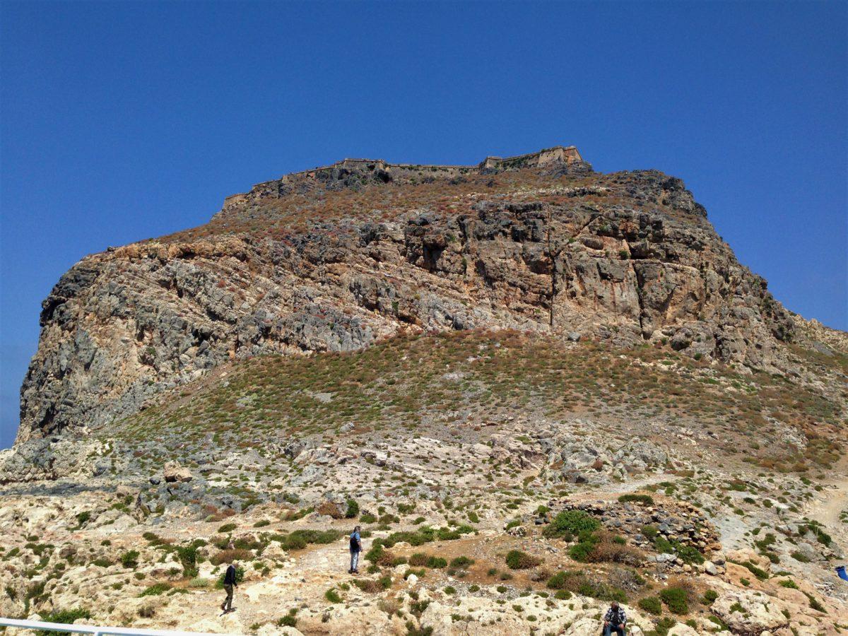 Fort na wyspie Gramvousa został wzniesiony przez Wenecjan w latach 1579–1584, kiedy władali jeszcze Kretą