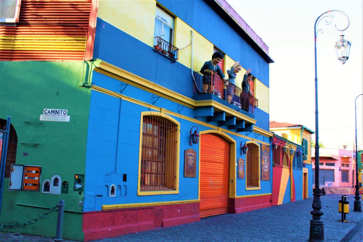 Uliczka Caminito w dzielnicy La Boca