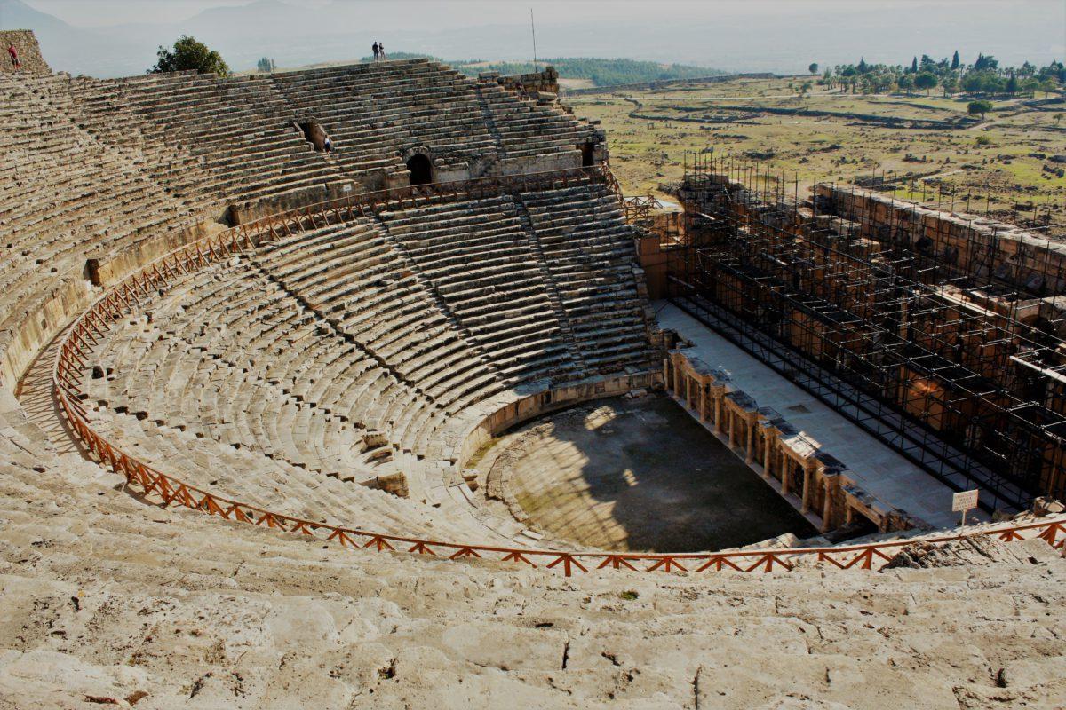 Ruiny teatru w Hierapolis
