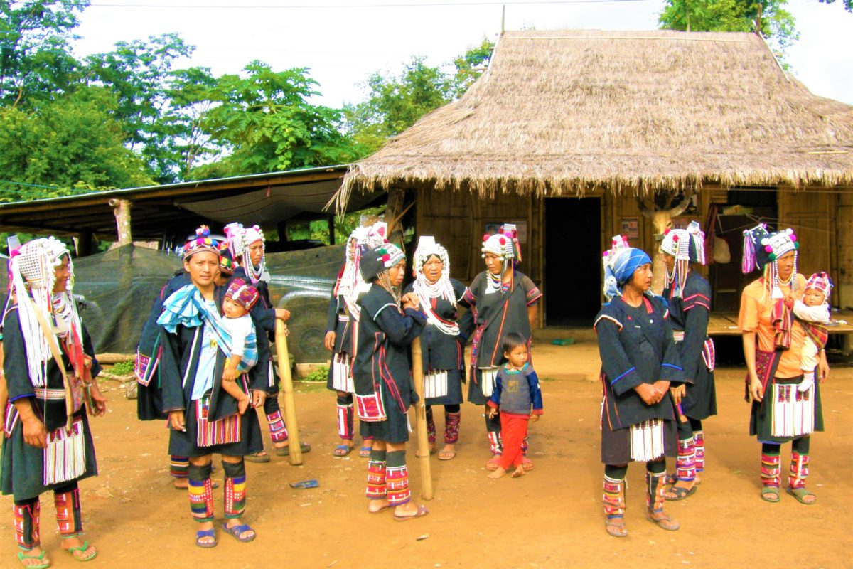 Wioski Akha są często odwiedzane przez turystów
