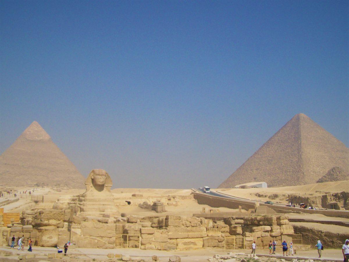 Piramida Chefrena i Piramida Cheopsa