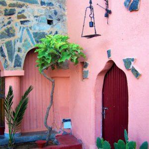 Wejście do jednego z domów w Górach Atlasu w Maroku