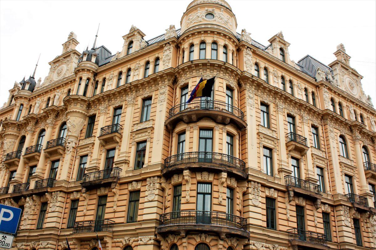 Budynek Wyższej Szkoły Prawniczej, ul. Strzelecka 4k ul. Alberta 13