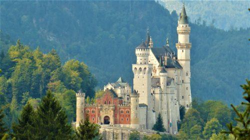 Neuschwanstein – baśniowy zamek szalonego króla