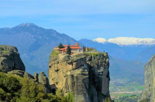 Klasztory Meteora – w zawieszeniu między niebem a ziemią