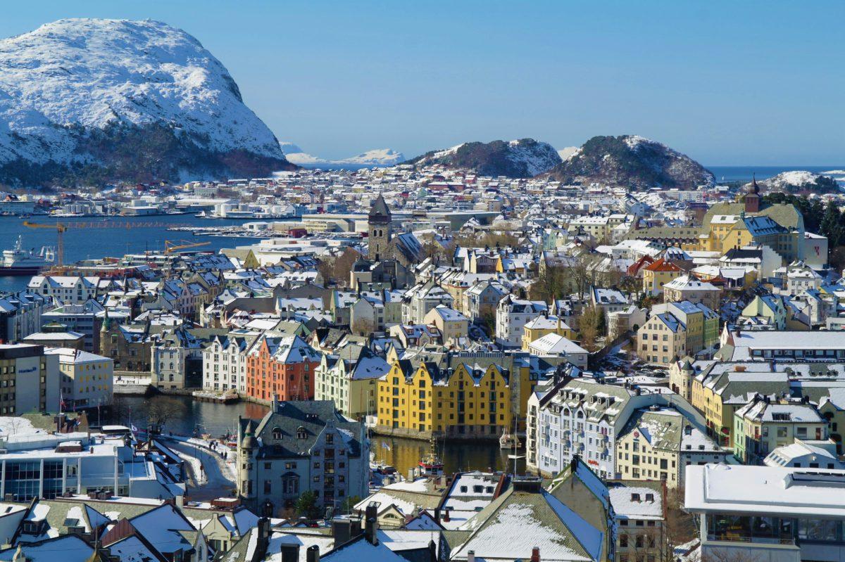 Widok na zimowe Ålesund